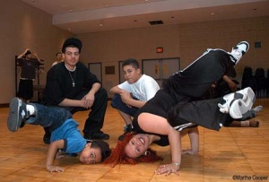 BREaKDaNCE PLuS